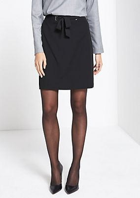 Elegant short skirt with a belt element from comma