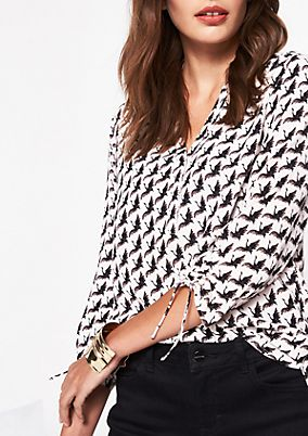3/4-sleeve crêpe blouse with a decorative all-over pattern from comma