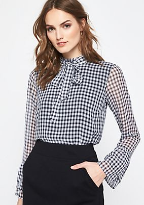 Delicate blouse with a check pattern from comma