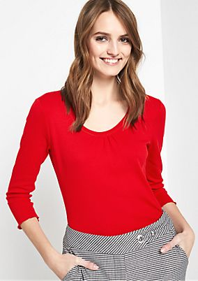 Pretty 3/4-sleeve top with decorative pleats from comma