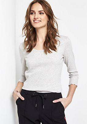 Feines 3/4-Arm Shirt mit Fältchenverzierungen