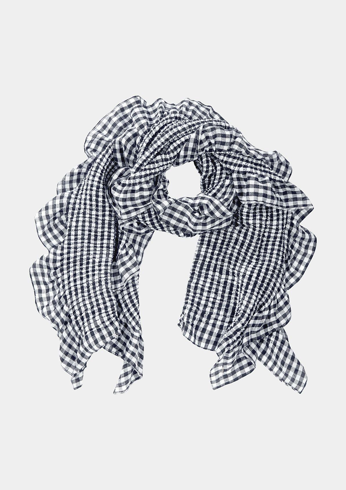 Langer Schal im Rüschenlook