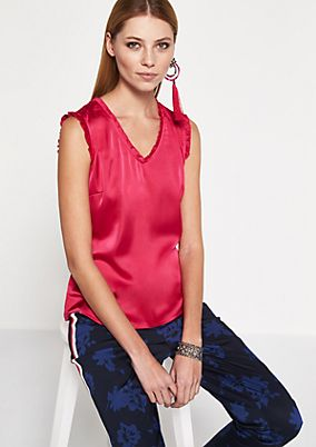 Short sleeve top in an elaborate material mix from comma