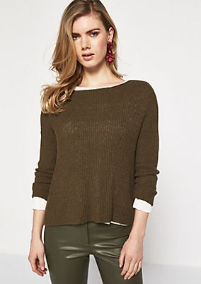 Knitted jumper with a classic ribbed pattern from comma