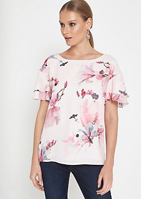 Fine crêpe blouse with a pretty all-over print from comma