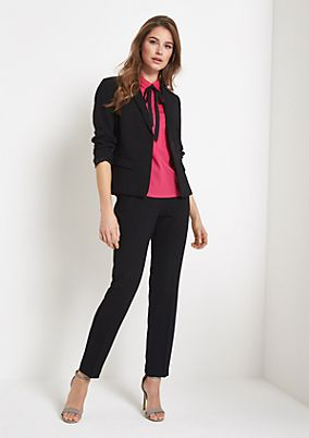 Elegant crêpe blazer embellished with flounces from comma
