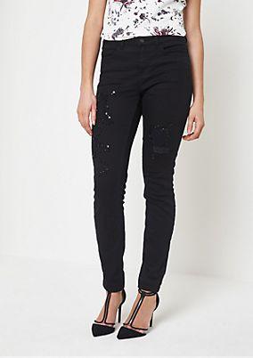 Black-Denim Jeans mit Schmucksteinverzierungen