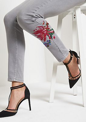 Light grey skinny jeans with floral embroidery from comma