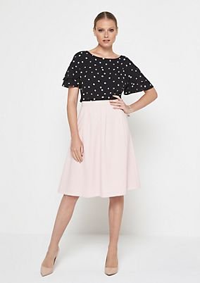 Fine crêpe skirt with sophisticated details from comma