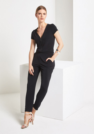 Casual jersey jumpsuit with a zip from comma