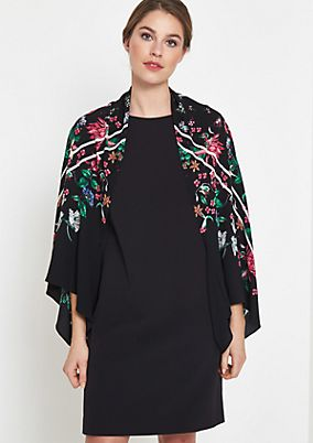 Crêpe poncho with a colourful, all-over floral pattern from comma