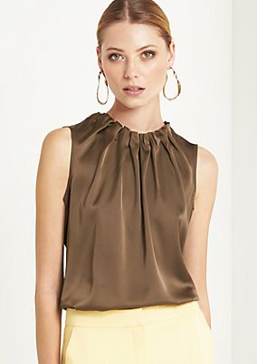 Elegant satin top with exciting details from comma