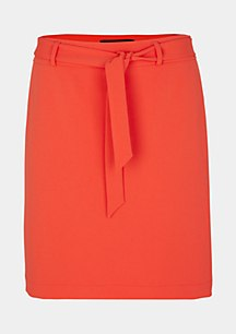 Short crêpe skirt with a fabric belt from comma