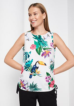 Sommerliches Blusentop mit Tropical-Alloverprint