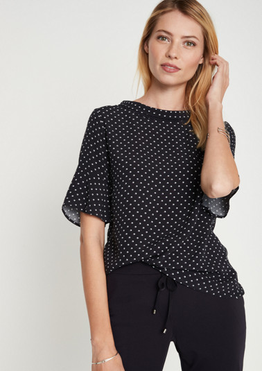 Short sleeve crêpe blouse with a minimalist pattern from comma