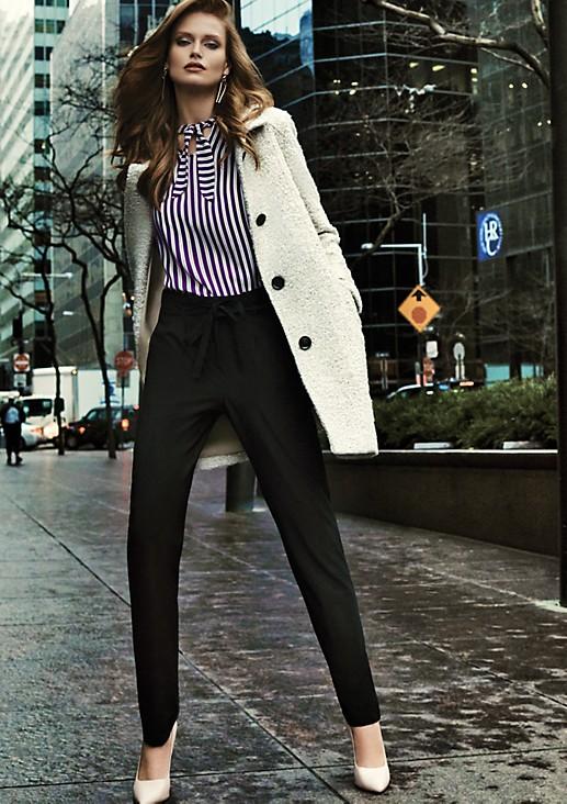 Elegante Businesspants mit Gürtel
