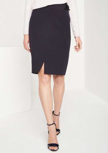 Extravagant business skirt with elegant details from comma