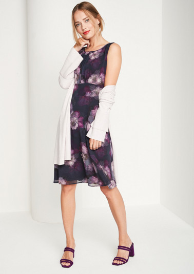 Delicate crêpe evening gown with an all-over floral print from comma