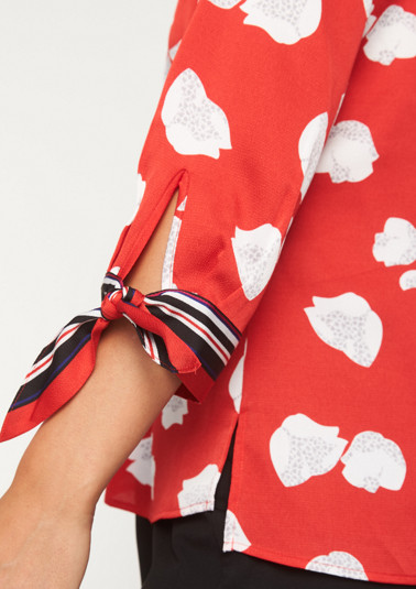3/4-sleeve satin blouse with an all-over pattern from comma
