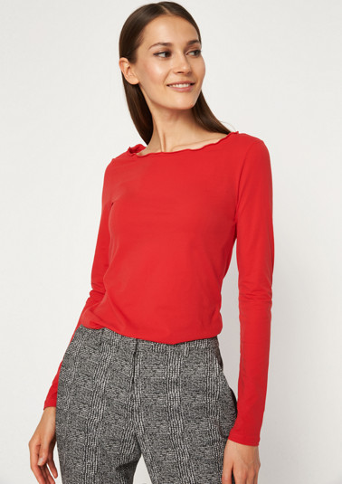 Ultra-lightweight long sleeve top with fine details from comma