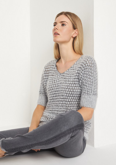 Soft short sleeve jumper with long yarn from comma