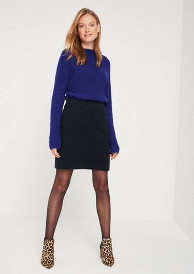 Short business skirt in a wool look from comma