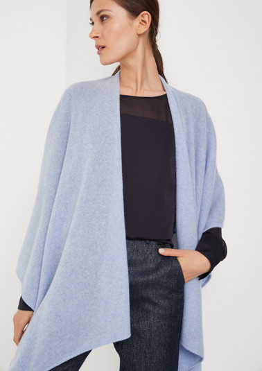 Fine knit poncho in a throw-on design from comma