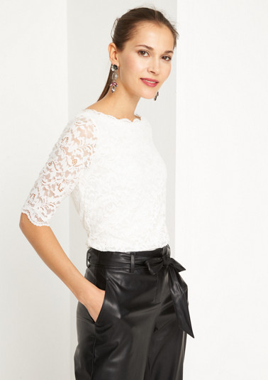 Short sleeve top in delicate lace from comma