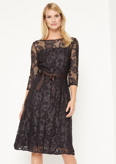 Extravagant lace evening dress with 3/4 sleeves from comma