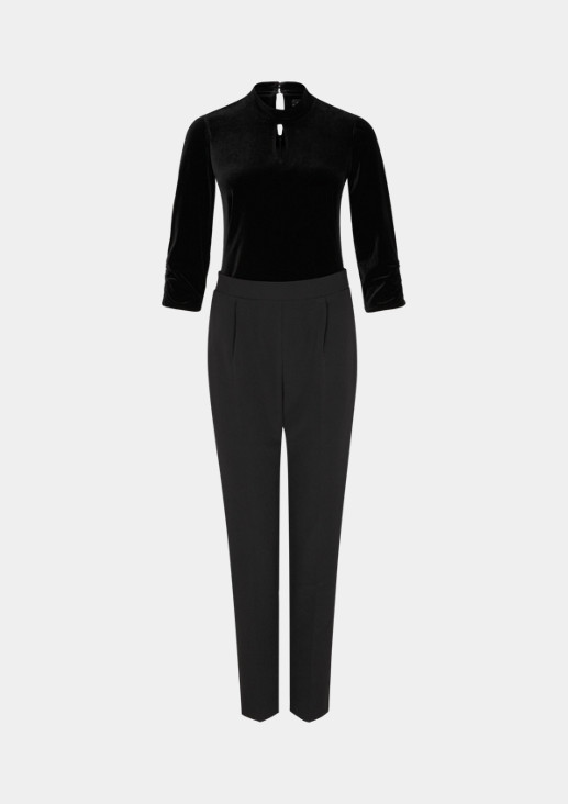 Eleganter Jumpsuit im Materialmix
