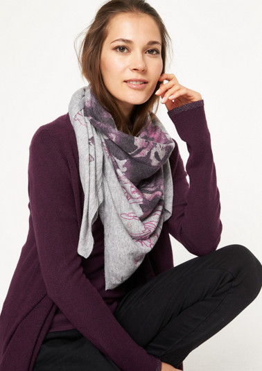 Fine knit scarf with a floral pattern from comma