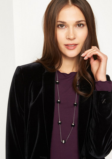Dainty necklace with decorative balls from comma