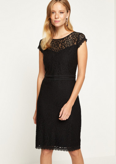 Evening dress in delicate lace from comma