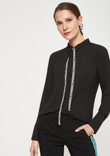 Delicate chiffon blouse with smart details from comma