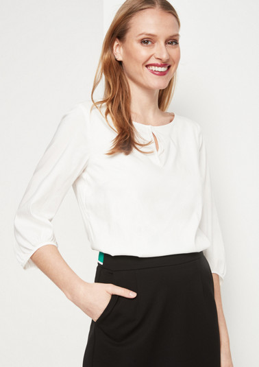 Delicate blouse with sophisticated details from comma