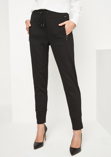 Casual lounge trousers with sophisticated details from comma