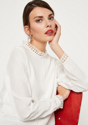 Elegant satin blouse with decorative lace from comma