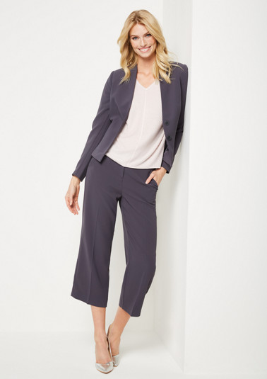 Elegant crêpe blazer with fine details from comma