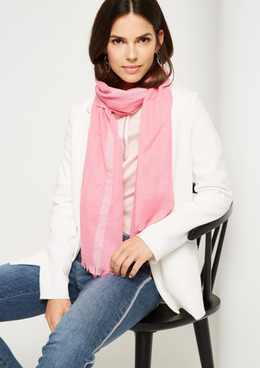 Lightweight scarf with glitter yarn from comma