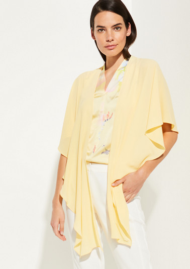Lightweight crêpe poncho from comma