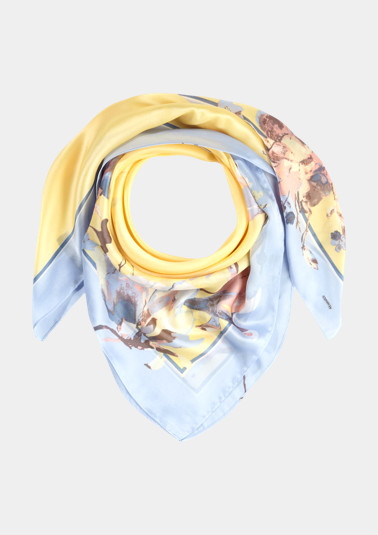 Satin scarf in an exciting mix of patterns from comma