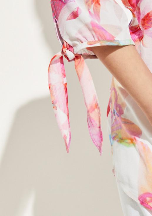 Kreppbluse mit farbenprächtigem Floralprint