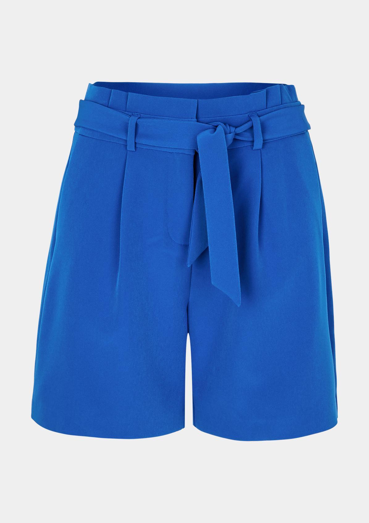 Elegante Shorts mit Stoffgürtel