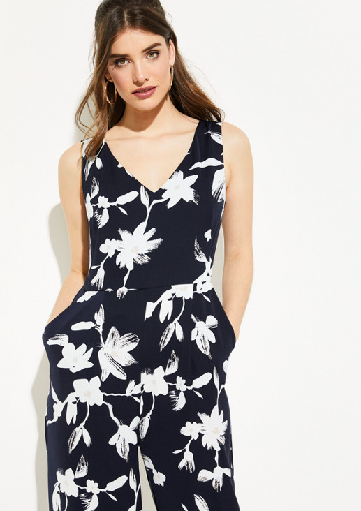 Elegant jumpsuit with an all-over floral print from comma