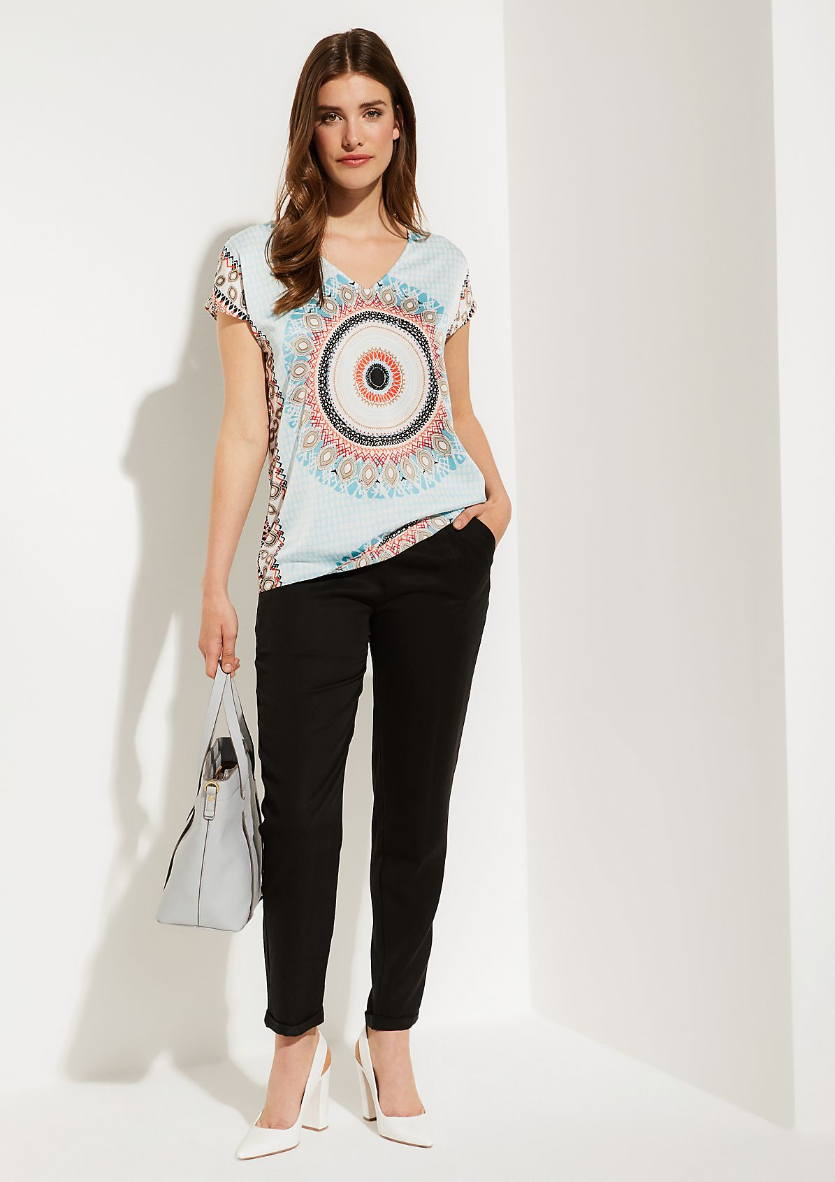 Elegant short sleeve satin blouse with a decorative pattern from comma