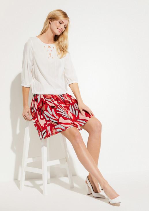 Zarte Bluse mit eleganter Zierblende