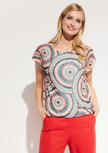 Delicate mesh top with a colourful all-over pattern from comma