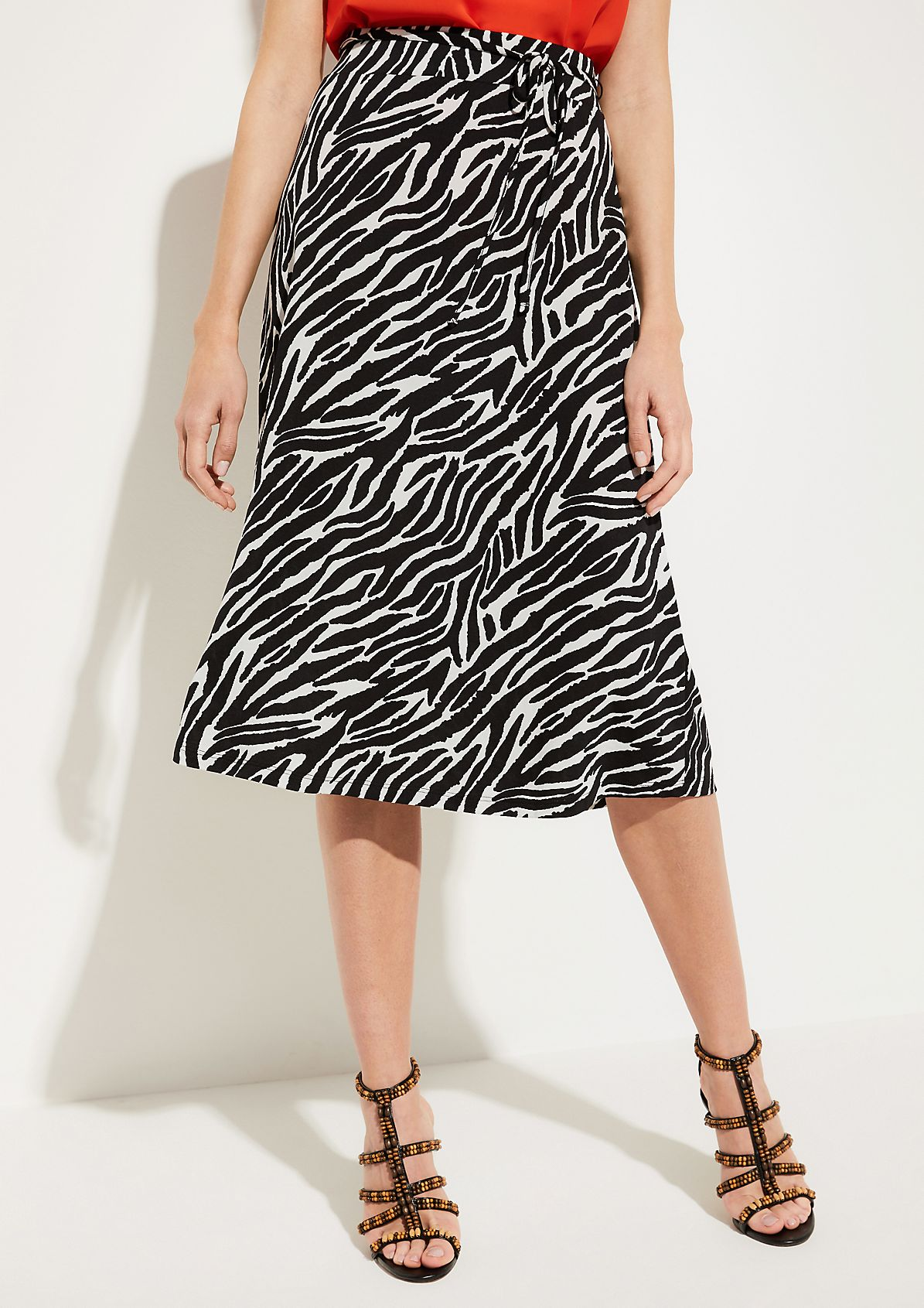 Long jersey skirt with an all-over two-tone pattern from comma