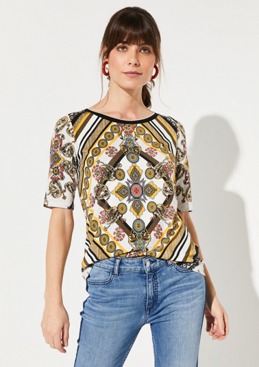Jersey short sleeve top with an all-over print from comma