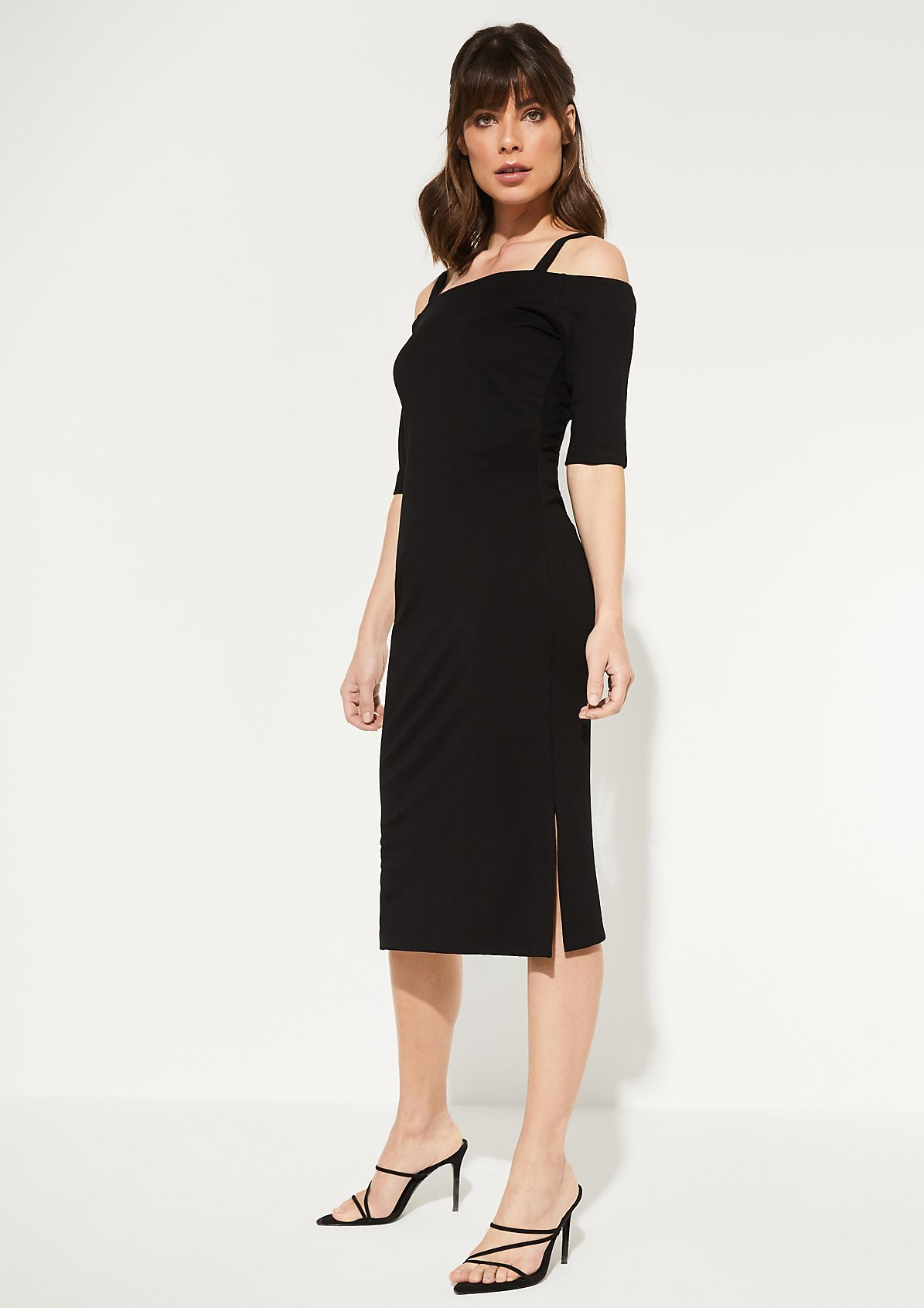 Off-the-shoulder dress with short sleeves from comma